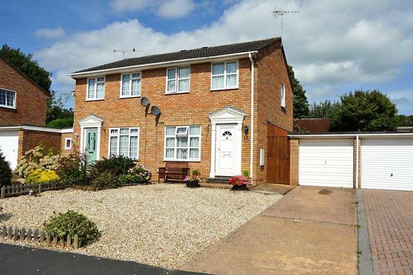 Bockland Close, Cullompton. Devon. EX15 1JQ.